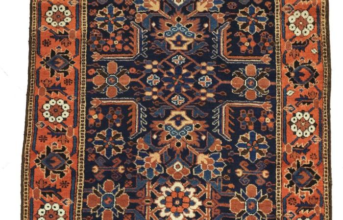 tapis beloutch iran des ann es 1940 tapis beloutch les nomades baloutches au baloutchistan on. Black Bedroom Furniture Sets. Home Design Ideas