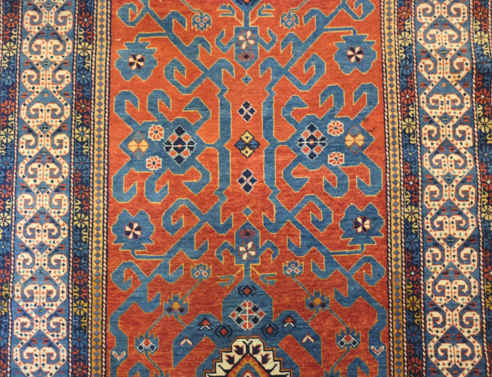 tapis nord iran azerba djan tapis d 39 orient toulon nous vous livrons gracieusement sur un achat. Black Bedroom Furniture Sets. Home Design Ideas